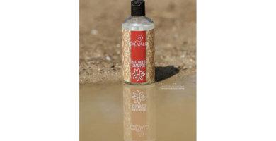 Cxevalo ® Haflinger Shampoo lässt das Fell glänzen.