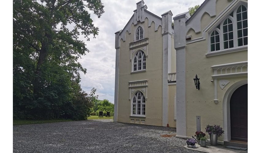 Pension im Schloss in Belau