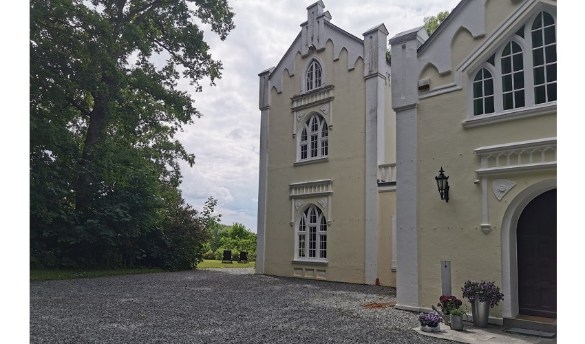 Pension im Schloss in Belau
